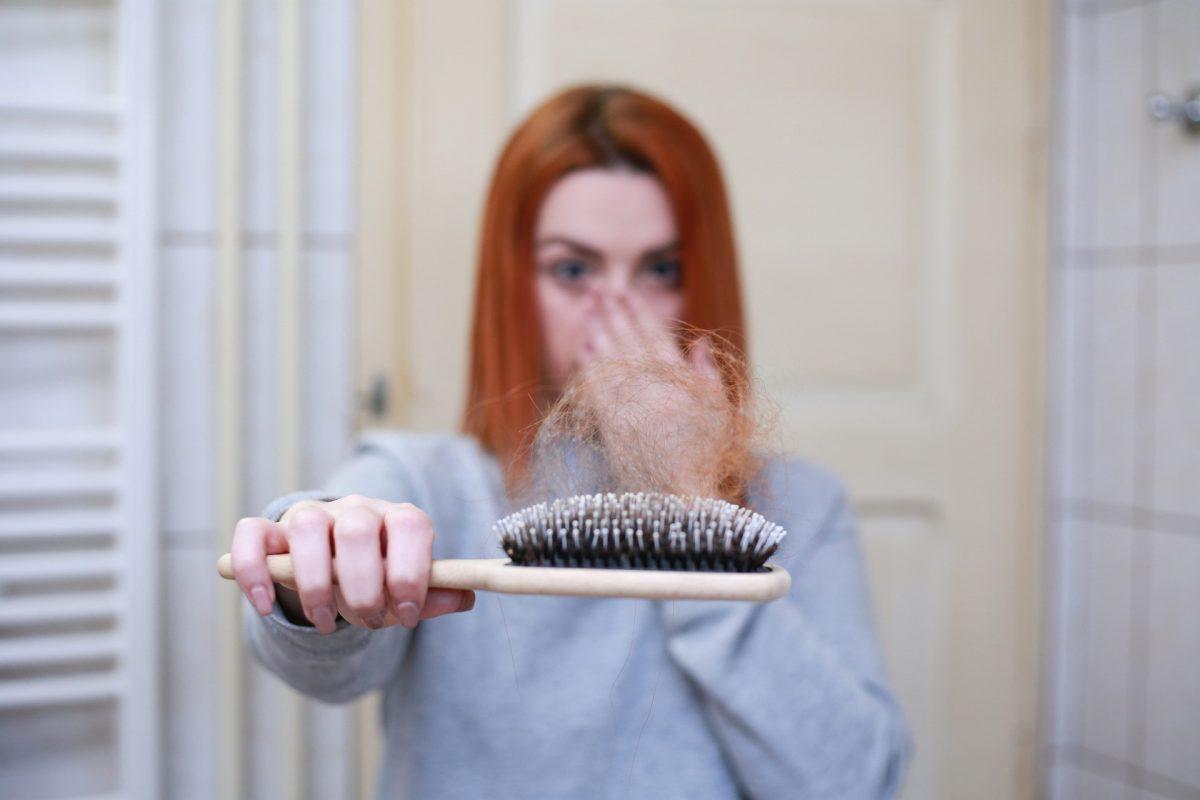 hair-loss-4818761_1920-1200x800.jpg